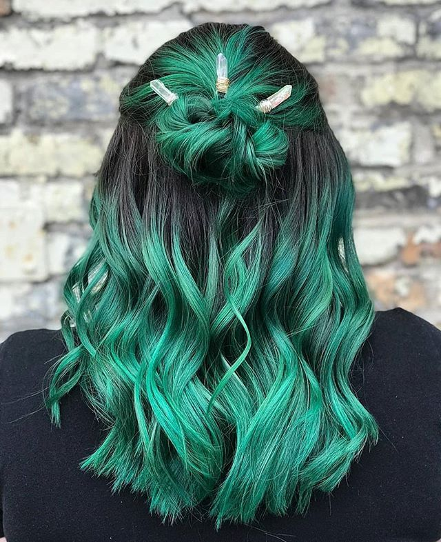 10 Popular Green Hair Color Ideas Trending Right Now 2020 2021 Luxhairstyle